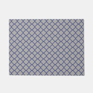 灰色および青のモロッコパターン ドアマット