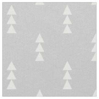 灰色によって積み重ねられる三角形 ファブリック
