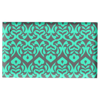 灰色に対する複雑で明るいティール(緑がかった色)のハートパターン テーブルカードホルダー