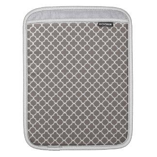 灰色のクローバーパターン iPadスリーブ
