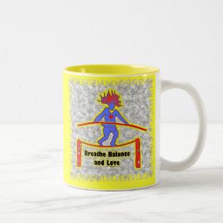 灰色のバランス呼吸及び愛 ツートーンマグカップ