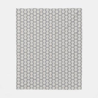 灰色のフリースブランケットの帆立貝貝パターン フリースブランケット