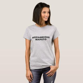 灰色のモザンビークマプトのワイシャツ Tシャツ