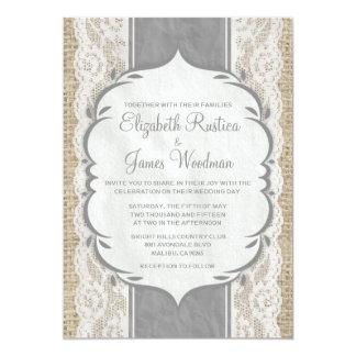 灰色のヴィンテージの麻布及びレースの結婚式招待状 カード