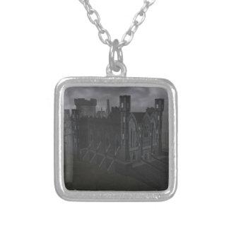 灰色の城のネックレス シルバープレートネックレス