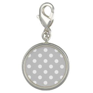 灰色の水玉模様パターン チャーム