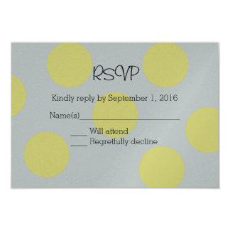 灰色の結婚RSVPの黄色い水玉模様 カード