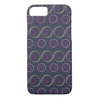 灰色の背景の緑及びピンクの円パターン iPhone 7ケース
