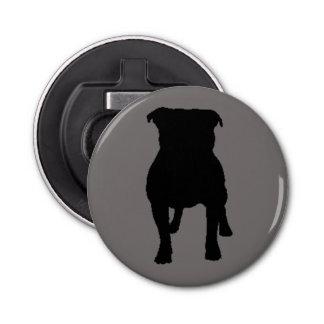灰色の背景の黒いパグのシルエット 栓抜き