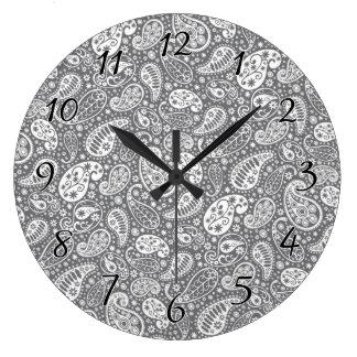 灰色の色合いのペイズリー ラージ壁時計