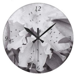 灰色の花の円の時計 ラージ壁時計