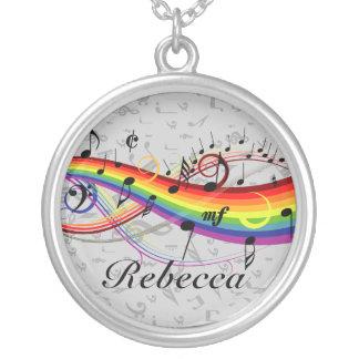 灰色の虹の黒い音符 シルバープレートネックレス