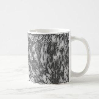 灰色の金属の粗雑面 コーヒーマグカップ