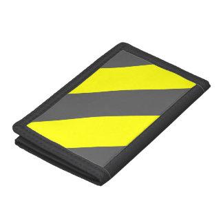 灰色の黄色い関心の警告は縞で飾ります