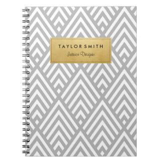灰色及び金ゴールドのシェブロンパターンノート ノートブック