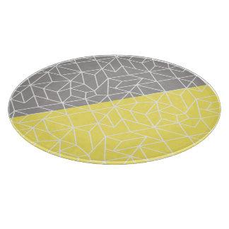灰色及び黄色の幾何学的なガラスまな板 カッティングボード