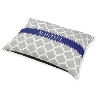 灰色白のモロッコ#5濃紺の名前のモノグラム ペットベッド
