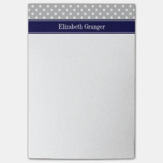灰色白の水玉模様の濃紺の名前のモノグラム ポストイット