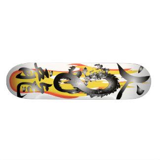 炎の火のドラゴン3Dはスケートボードをリミックスします 21.6CM スケートボードデッキ