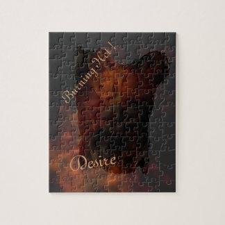 炎の背景の男性の青銅色の胴 ジグソーパズル