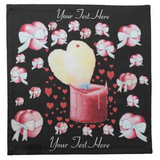 炎の赤い蝋燭の結婚式のデザインを燃やす赤いハート 布製ナプキン