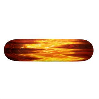 炎は一流のおもしろいのカッコいいのファンキーなスケートボードです 18.1CM オールドスクールスケートボードデッキ