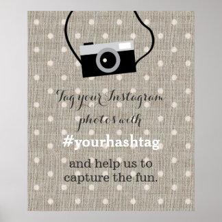 点のバーラップの結婚式の写真のHashtagのかわいい印 ポスター