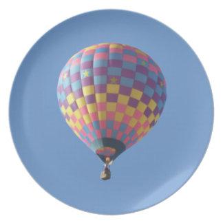 点検それ熱気の気球のプレート プレート