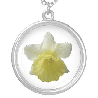点滴注入のラッパスイセンの花柄のネックレス シルバープレートネックレス