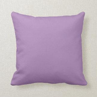 無地のなアフリカバイオレットの紫色の装飾用クッション クッション