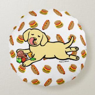 無実の黄色いラブラドールの子犬の漫画 ラウンドクッション