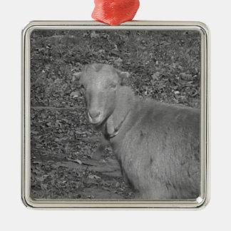 無彩色スケールのヤギ メタルオーナメント