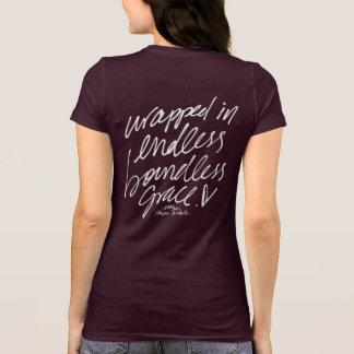 無限の無限の優美のTシャツで包まれた Tシャツ