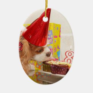 無頓着なスパニエル犬の第8誕生日 セラミックオーナメント