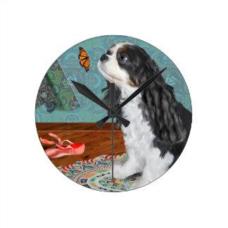 、無頓着なスパニエル犬、バレリーナ、ティール(緑がかった色)、ラッグラグ時間を記録して下さい、 ラウンド壁時計