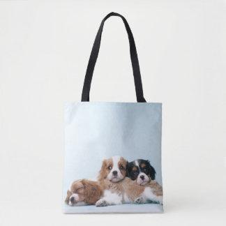 無頓着なチャールズ王スパニエル犬の子犬の睡眠 トートバッグ