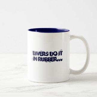 無骨者のための仕事-ダイバー ツートーンマグカップ