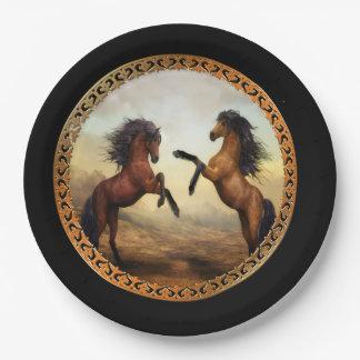焦茶および薄茶のFriesianのばん馬 ペーパープレート