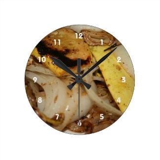焼かれたタマネギおよび南瓜の食糧 ラウンド壁時計