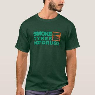 煙はない薬剤に-7-タイヤをつけます Tシャツ