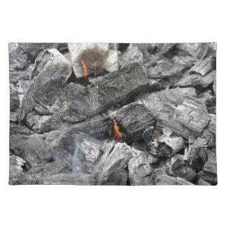 煙る非常に熱い木炭 ランチョンマット
