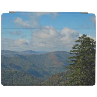 煙山の秋の景色の秋の葉色 iPad カバー