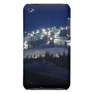 照らされる山の側面との涼しい夜眺め Case-Mate iPod TOUCH ケース