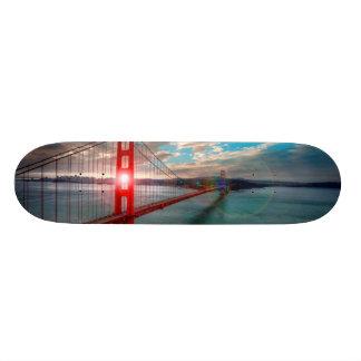 照る日曜日のゴールデンゲートブリッジ 21.6CM オールドスクールスケートボードデッキ