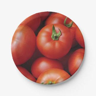 熟したトマト-新しい明るい赤 ペーパープレート