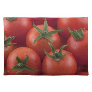 熟した庭のチェリートマト ランチョンマット