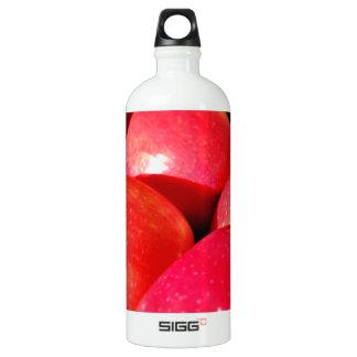 熟した赤いりんご ウォーターボトル