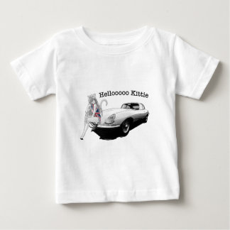 熱い猫の女の子が付いているEタイプのぎざぎざ ベビーTシャツ