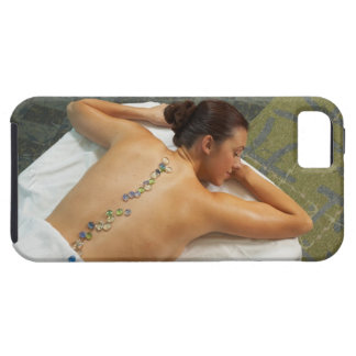 熱い石を受け取る女性の高角の意見 iPhone SE/5/5s ケース