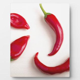 熱く赤いチリペッパーの平面図 フォトプラーク
